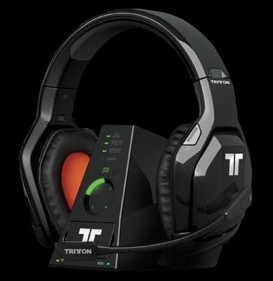 A fülhallgató tápellátásáról könnyen kivehető akkumulátor gondoskodik f2170b8b82