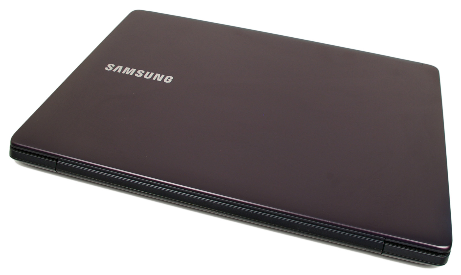 fedf5d9859bc ... hanem az 5-ös sorozatba tartozó második generációs (NP540U4 és NP530U4)  Ultrabookot tarthatjuk a kezükben, amelyet először a monacói Samsung Fórum  ...