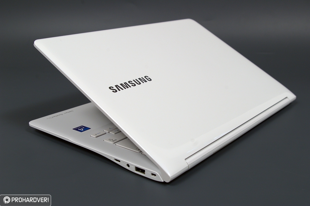 3bdb7923ef8a Hiába Samsung megszállott vagyok.Az öcsém meg a legújabb Xbox rendszert  zsebelte be magának.