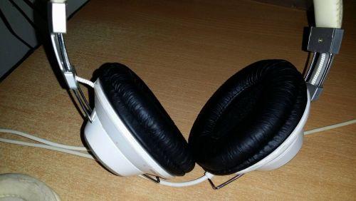 Vezetékes FEJhallgatók - PROHARDVER! Hozzászólások 83ce9cb1ae